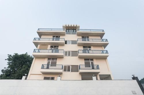 Collection O 76472 The Elite Ambience knowlenge park III, Gautam Buddha Nagar
