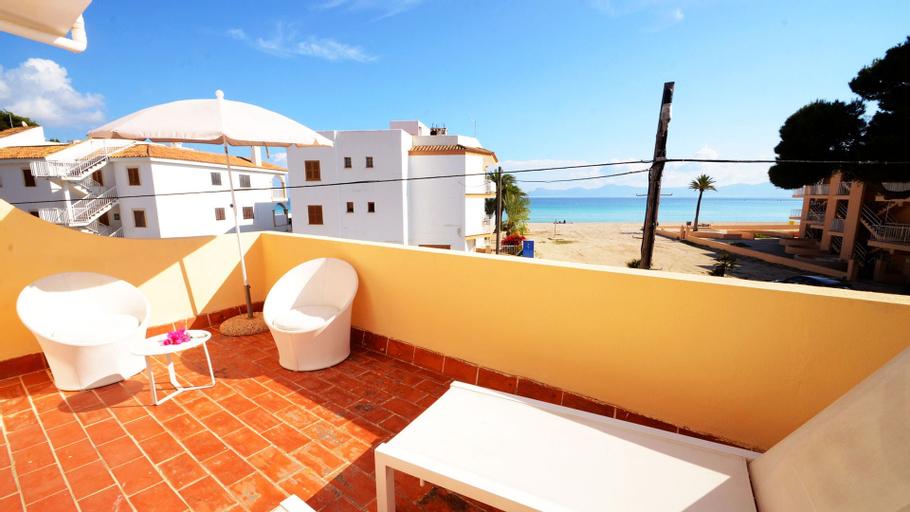 Paradise Bay, Baleares