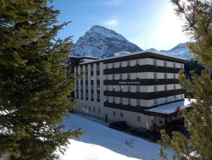 Robinson Arosa - Adults Only, Plessur