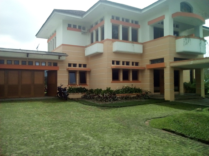 Simply Homy Guesthouse Graha Puspa, Bandung
