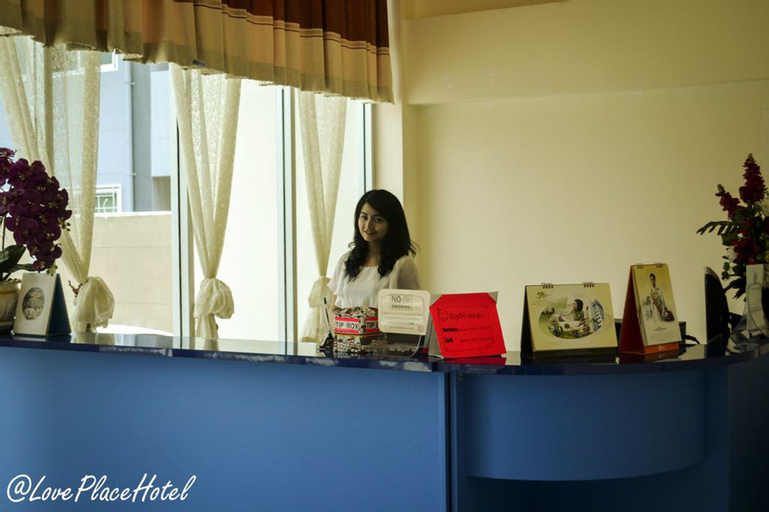 @ Love Place Hotel, Bung Kum