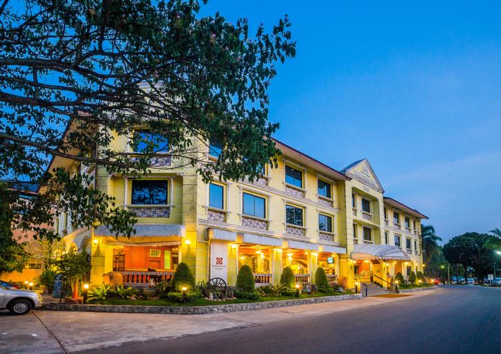 Horseshoe Point Resort & Country Club, Bang Lamung