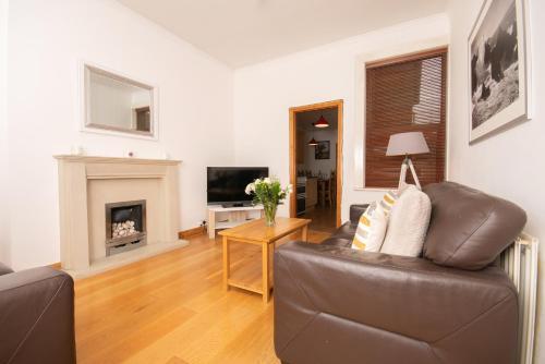 Dwellcome Home Hartington 5 Bed Seaside Retreat - Sleeps 6, South Tyneside