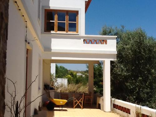 House with 3 bedrooms in Aljezur with enclosed garden 8 km from the beach, Aljezur