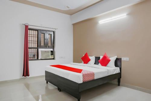 OYO 76271 R P Residency, Gautam Buddha Nagar