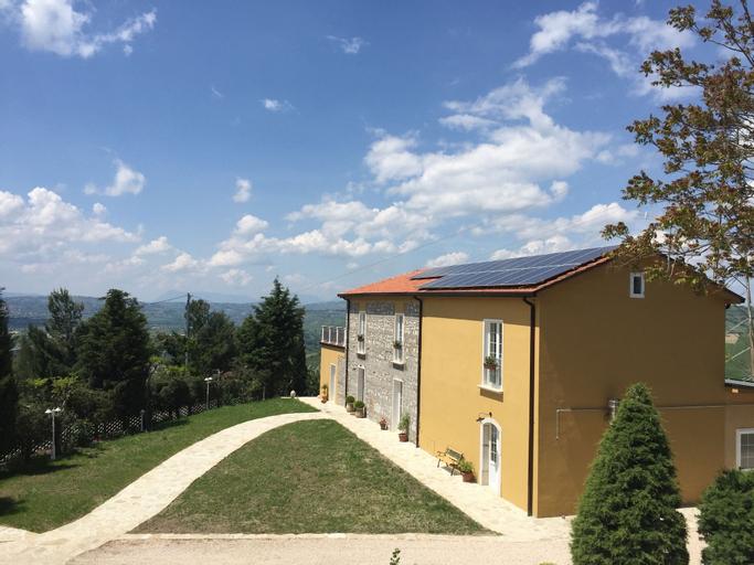 L'Albero d'Oro, Avellino