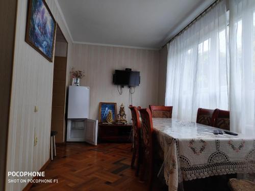 2-ух комнатная квартира на берегу моря, Gudauta