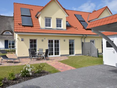 Spacious Holiday Home in Rerik Germany near Baltic Sea, Rostock