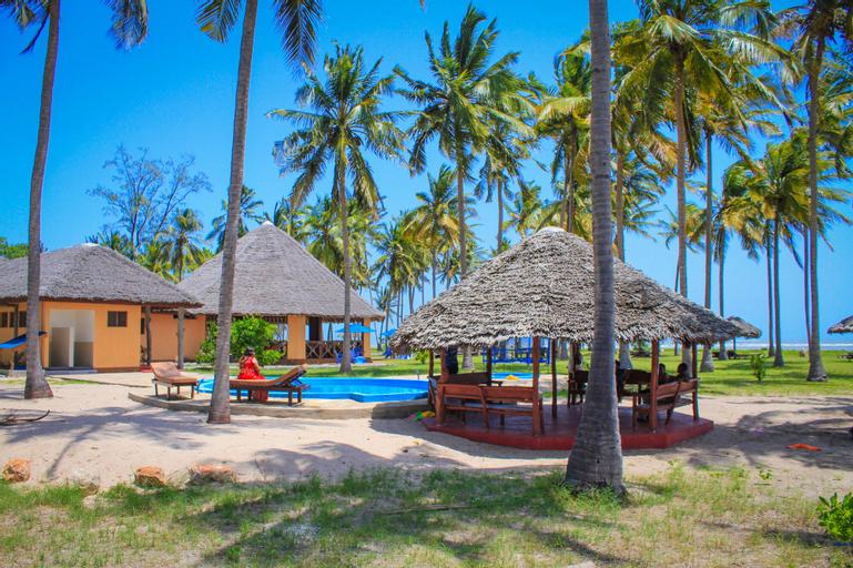 Saadani Park Hotel, Pangani