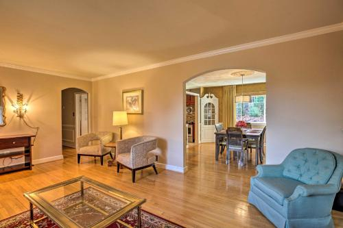 Updated DC House by Metro, Walk to Rock Creek Park, District of Columbia