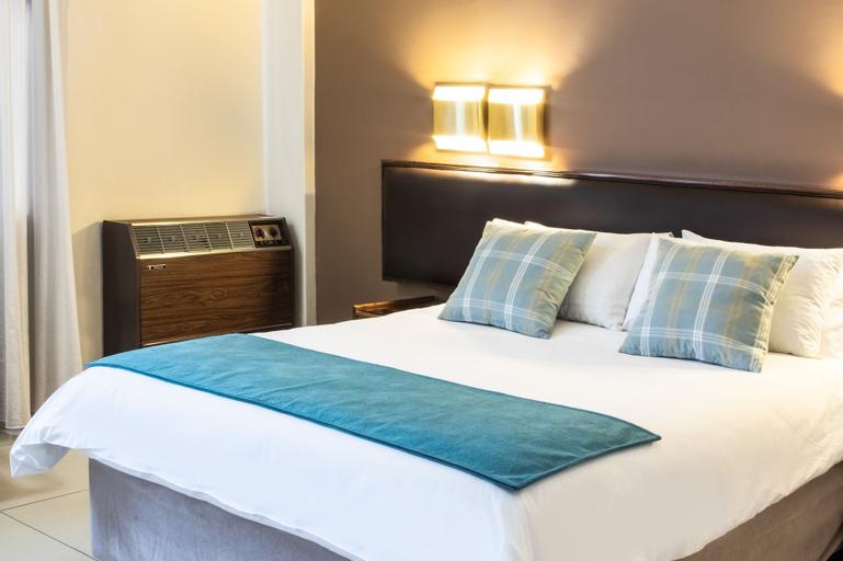 Elgro Hotel, Dr Kenneth Kaunda