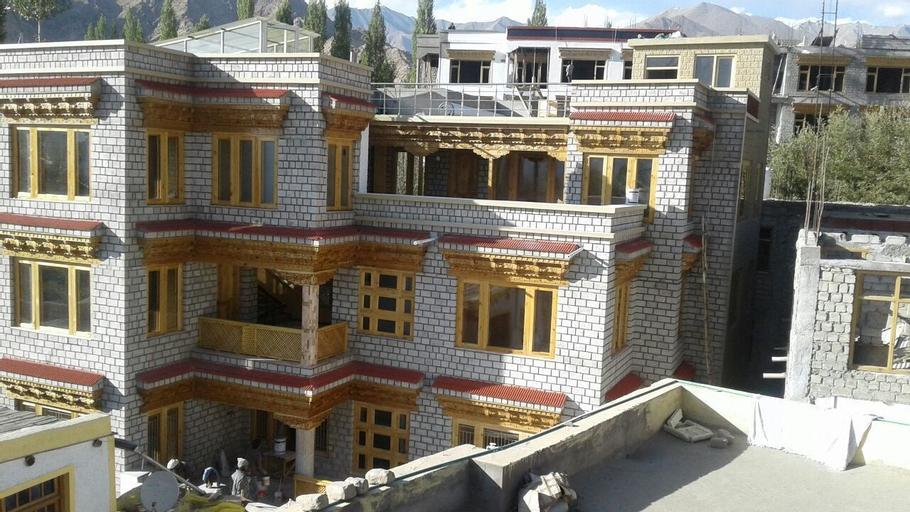 Nezer Homestay, Leh (Ladakh)