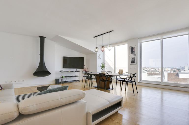 Penthouse with Breathtaking Views, Lisboa