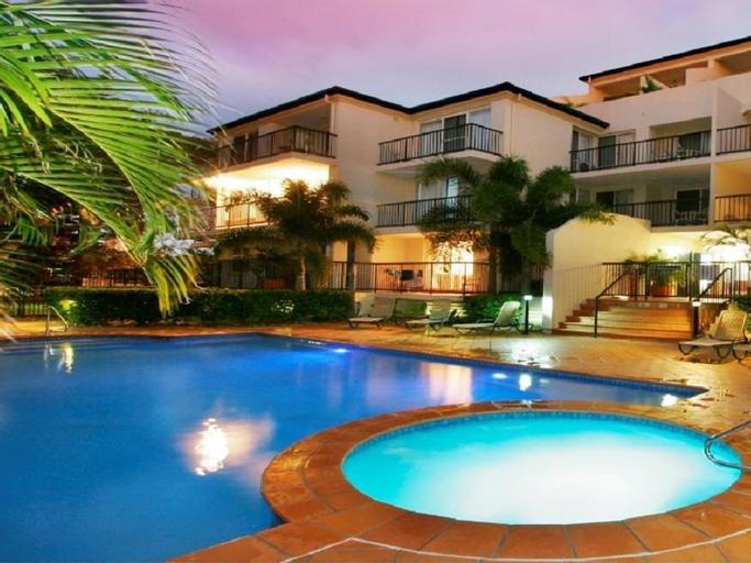 Sunset Island Resort, Surfers Paradise