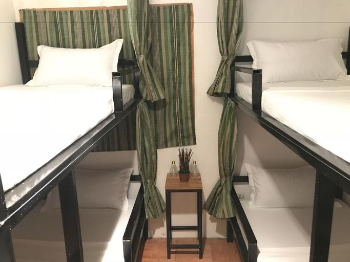 Island Hostel And Tours Coron, Coron