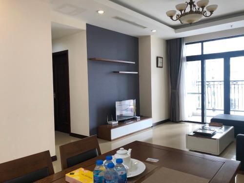 Vinhomes Royal City Luxury Apartment 2 Br, Thanh Xuân