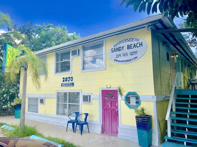 Sandy Beach, Lee
