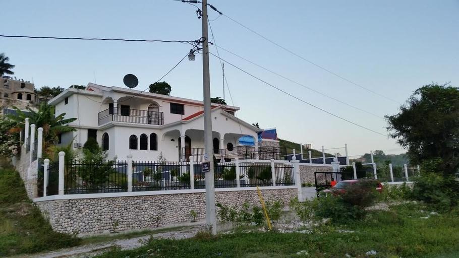 VILLA ORPHEE, les Cayes