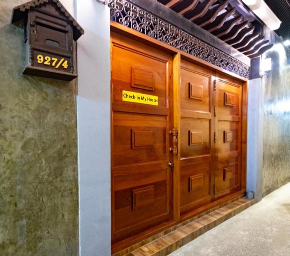 (Terminated ZUZU) Check-in My Hostel, Pathum Wan