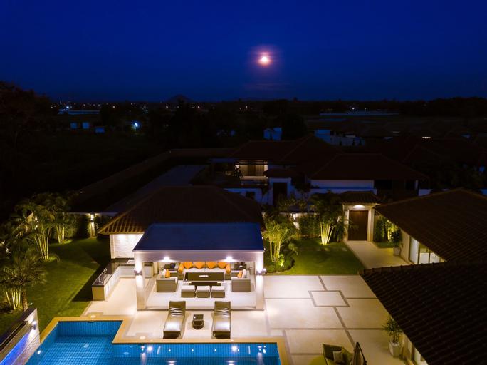 Luxury Pool Villa 134, Bang Lamung