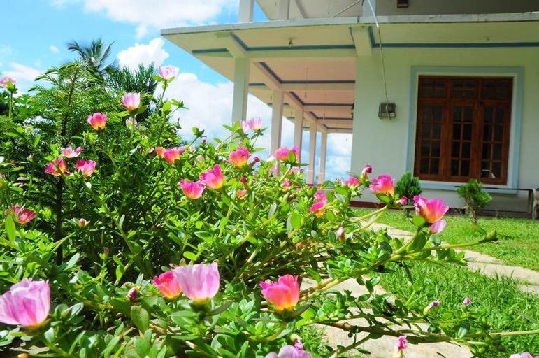 Onil Rock Resort, Rattota