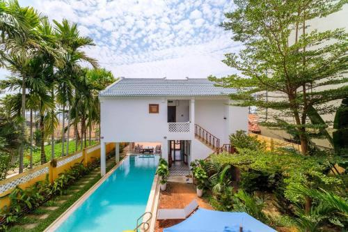 AirBnB Villas, Hội An