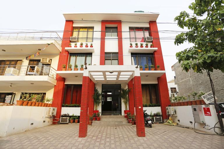 OYO 8822 Sector 31, Gurgaon