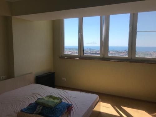 Роскошные апартаменты с видом на море!, Sokhumi