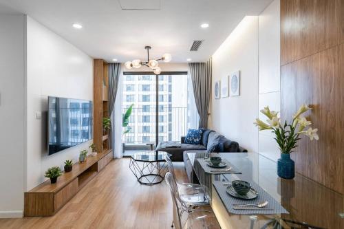 NYNA House-2 Bedrooms -Sky View - VinHome D'Capitale, Cầu Giấy