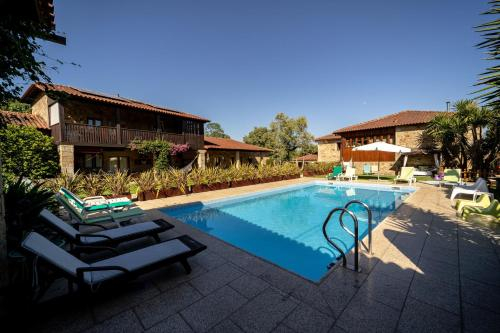 House with 5 bedrooms in Braga with wonderful mountain view private pool enclosed garden 30 km from , Amares