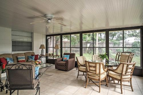 Quiet Home Near Shopping and 15 Miles From Orlando!, Seminole