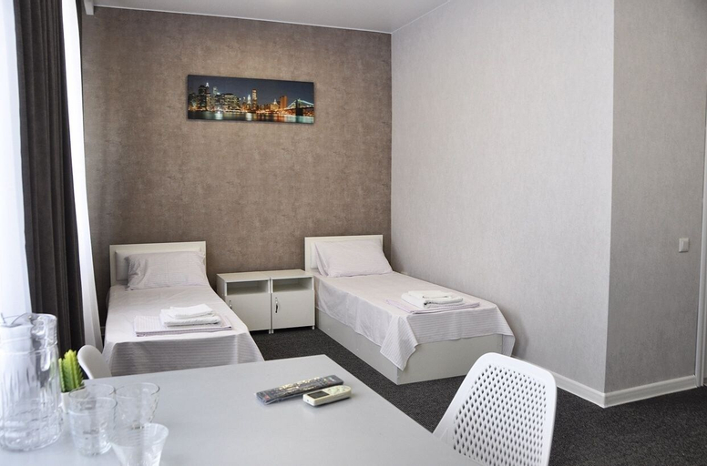 Medelean Hotel - Hostel,