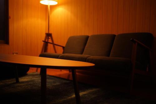 オープン特価キャンペーン中!「瀬戸内ハウス」疲れを癒す木のお家。バス停より徒歩3分/Free WIFI/無料駐車場, Sakaide