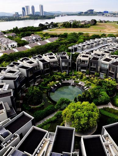 Pinebox Mirage by the Lake, Kuala Lumpur