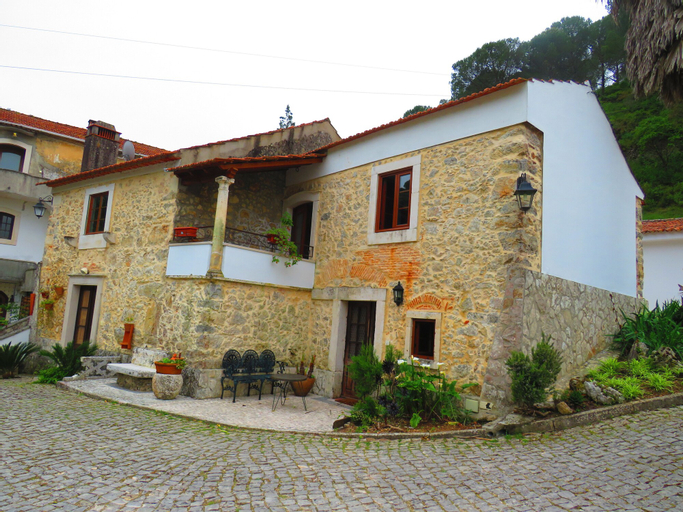 Quinta de Rio Alcaide, Porto de Mós