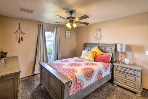 Private Oasis with Pool and Views, 2 Mi to Lake Havasu!, Mohave
