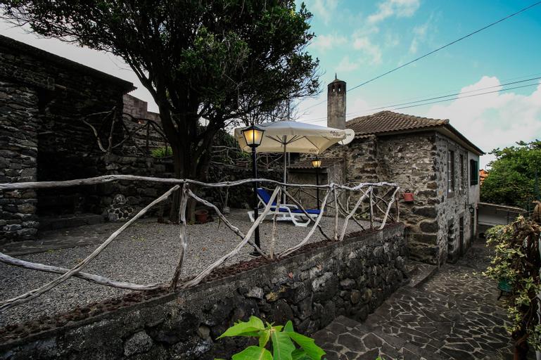Gouveia Cottage by Analodges, Porto Moniz