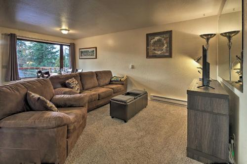 Cozy Retreat with Fire Pit - Near Mendenhall Glacier, Juneau