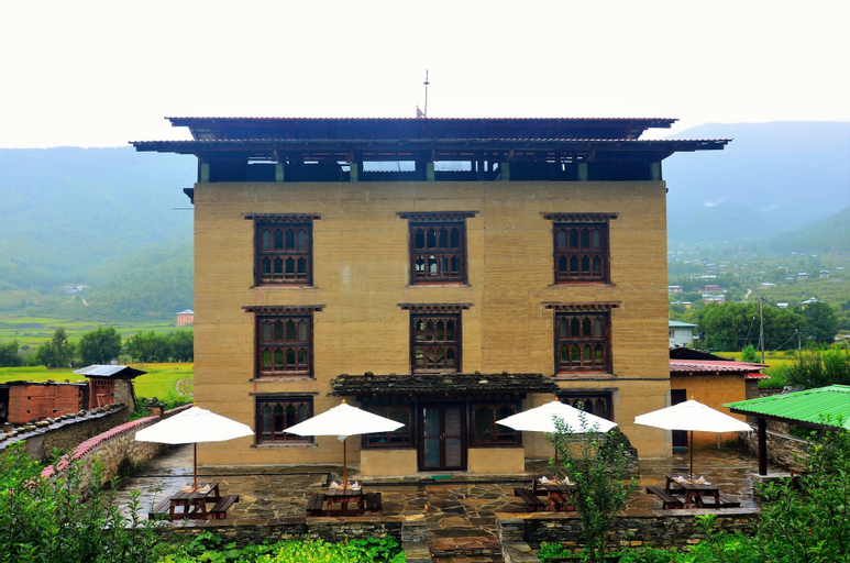 The Village Lodge Paro, Lamgong