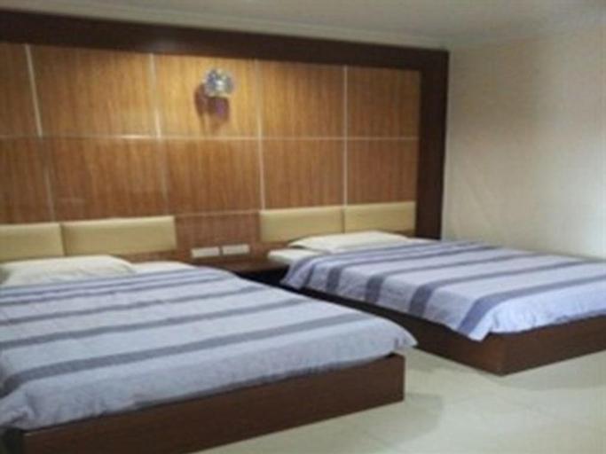 Admiral Hotel, Manjung