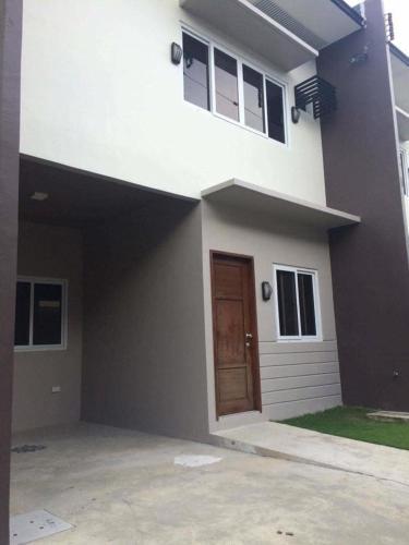 Mactan transient house, Lapu-Lapu City