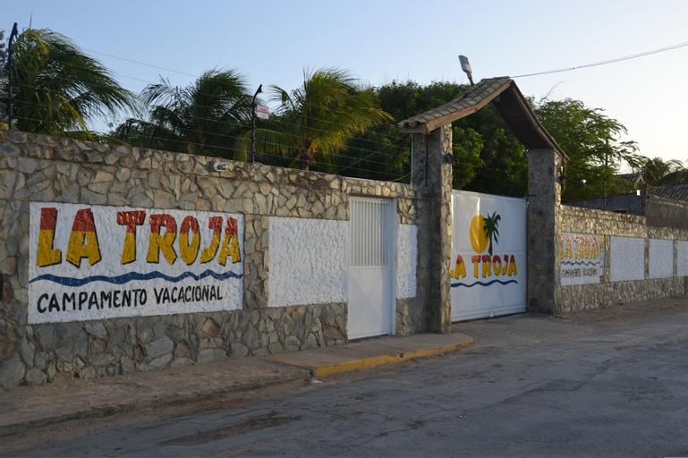 Campamento Vacacional La Troja, Falcón