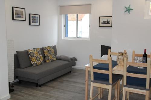 Sea & Beach Apartment, Almada