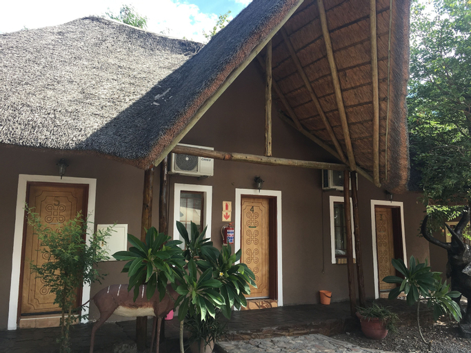 Laphroiag Luxury Chalets, Ngamiland East