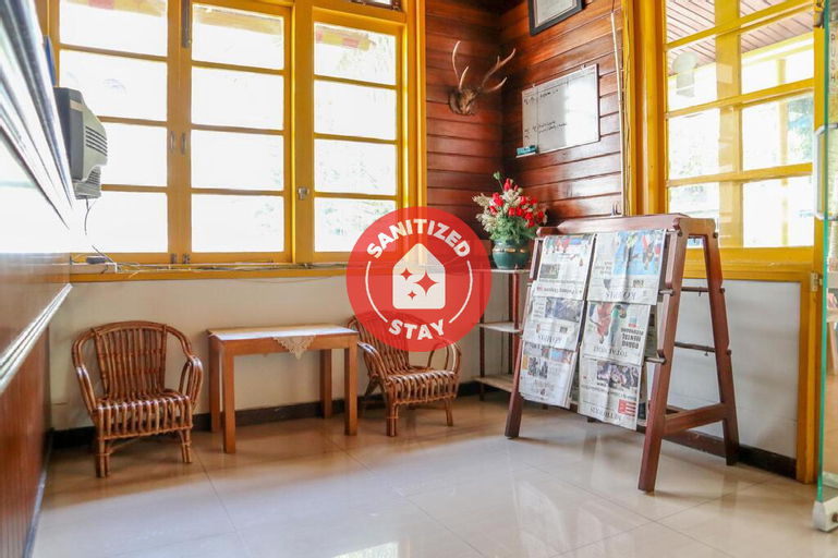 OYO 2052 Mutiara Residence, Padang