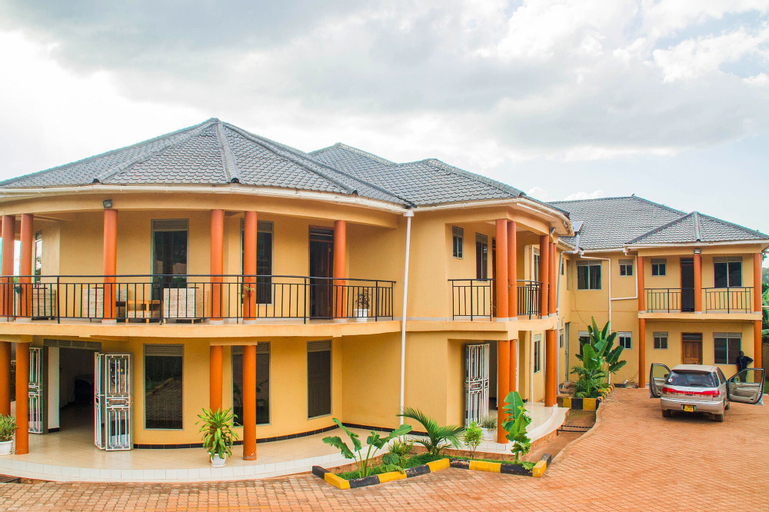 Azisar Grand Hotel, Bugahya