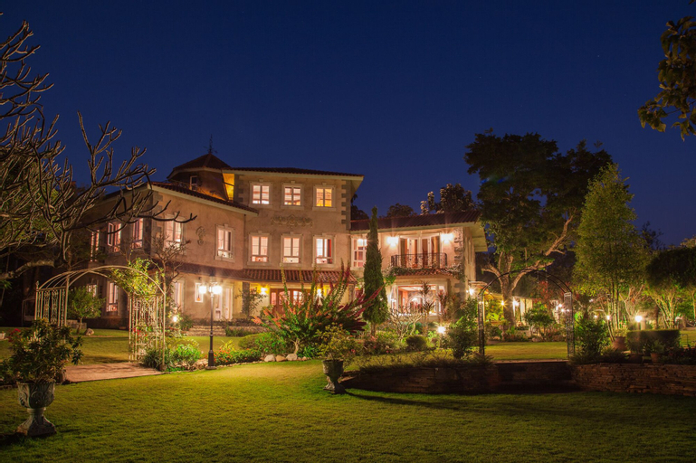 The Heritage House & Garden, Hang Dong