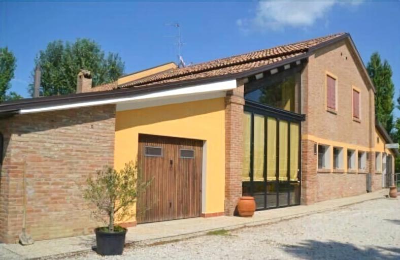 Corte Dossello, Ferrara