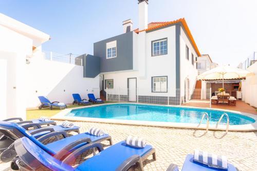 Villa Sol e Mar, Almada
