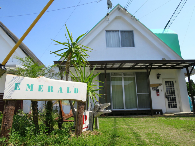 Emerald inn, Motobu